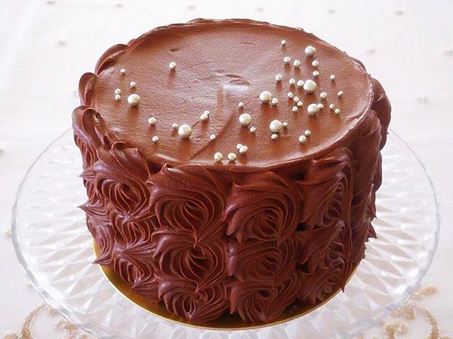 <出張>ガナッシュのローズケーキ