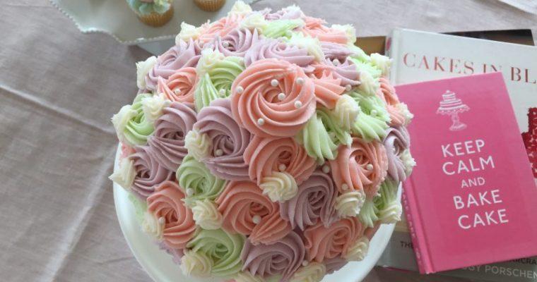 """LOLA'S Cupcakes""""ショーガール""""風 Bigなカップケーキ"""